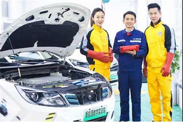 好消息!万通再获全国新能源汽车大赛省级集训基地资质!